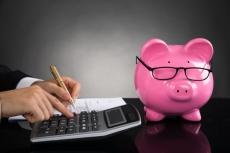 Hacienda descarta más impuestos y anuncia que hará Presupuestos para 2019 pese al veto del PP